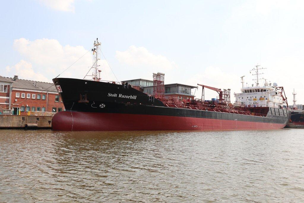 Tanker Stolt Razorbill im Hafen von Bremerhaven