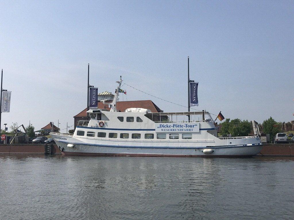 MS Geestemünde im Neuen Hafen Bremerhaven