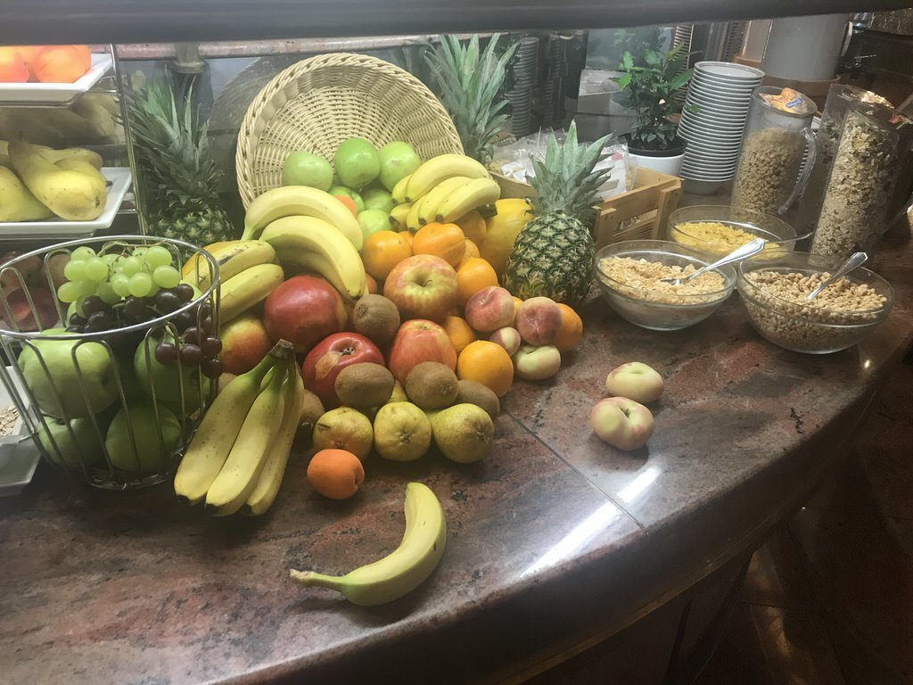 Obst zum Frühstück im Maritim Airport Hotel Hannover