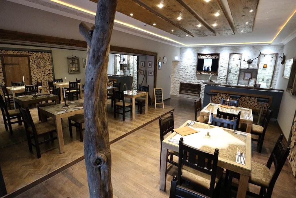 Blick ins Alpinarium, das Bademantelrestaurant im GUT EDERMANN