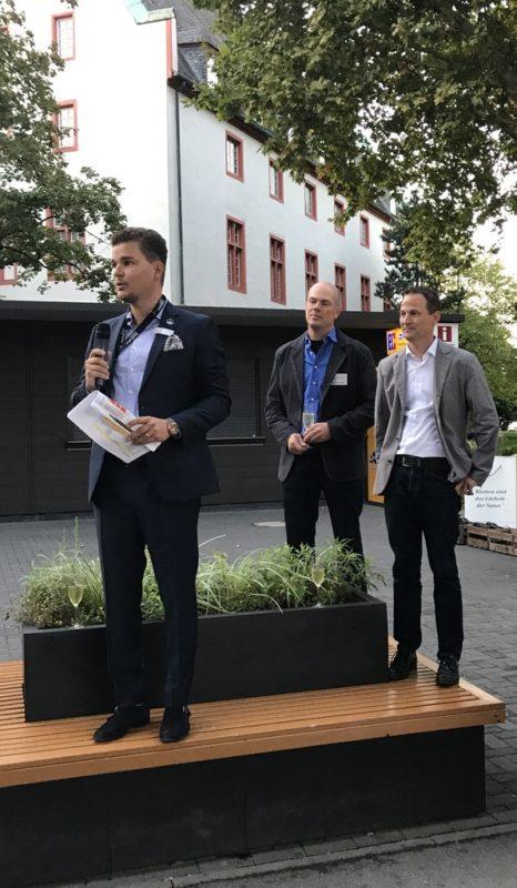Konrad Knoche von der Seilbahn Koblenz eröffnet die Veranstaltung der Koblenzer Winzer 2018
