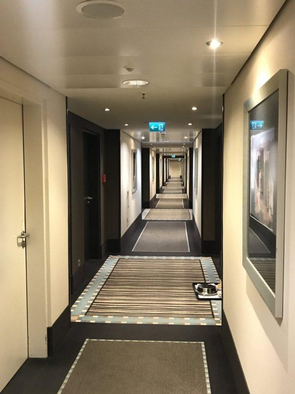 Schicker Gang im Maritim Hotel Düsseldorf