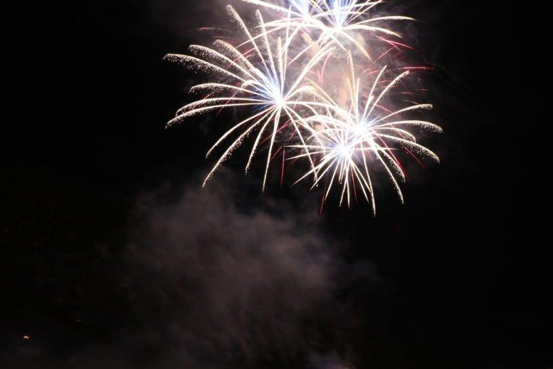 Abgeschnittenes Feuerwerk...