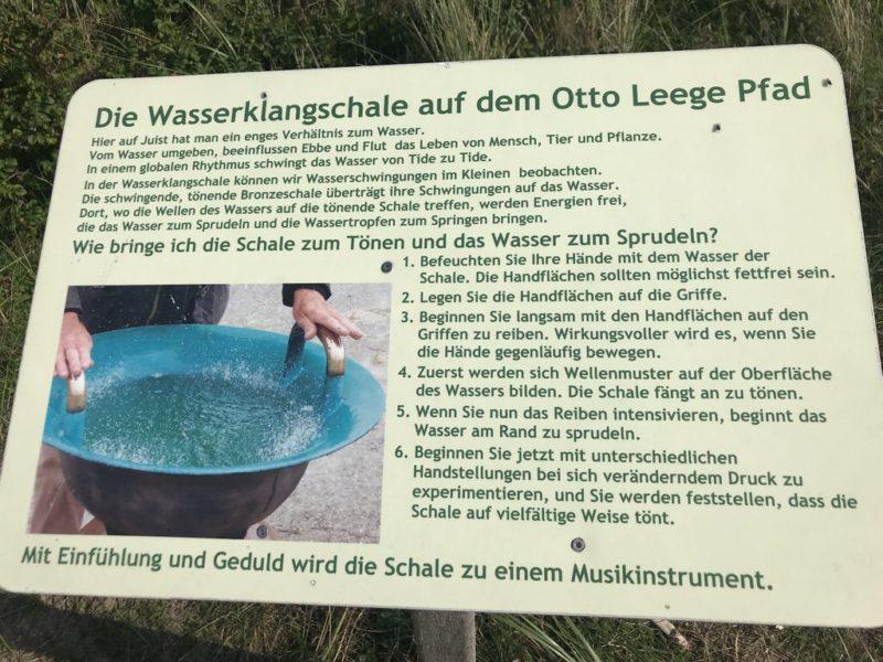 Wie funktioniert wohl die Wasserklangschale auf dem Otto Leege Pfad?