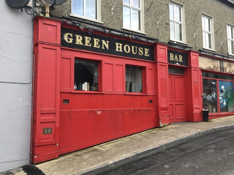Green House Pub in Ardara. Selbsterklärend, oder?