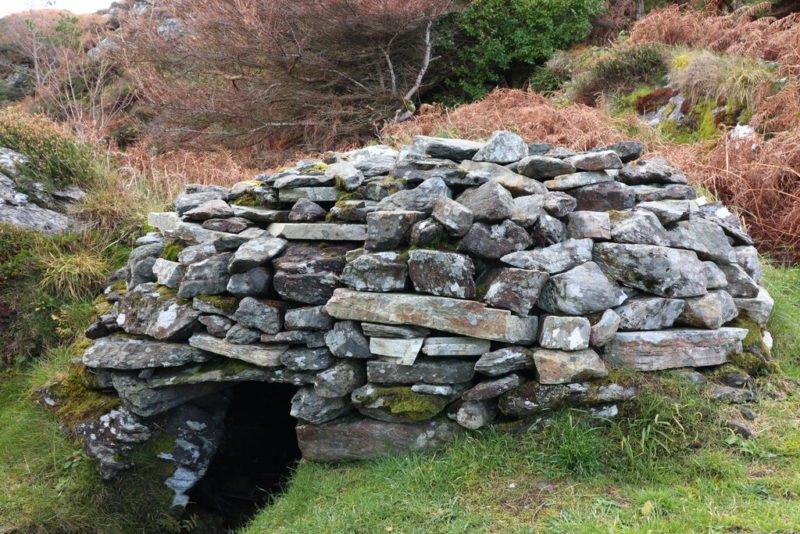 Eine irische Schwitzhütte (also quasi eine Sauna) im Folk Village Glencolumbkille