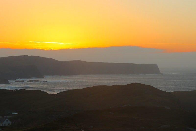 Sonnenuntergang oberhalb von Glencolumbkille
