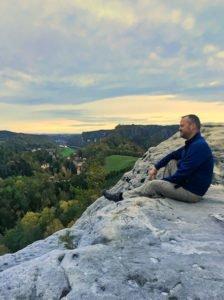 Hubert vom travellerblog.eu in der Sächsischen Schweiz