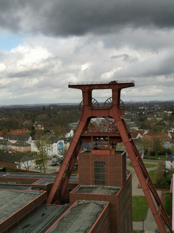 Ein letztes Foto vom Schachtturm des Schachts XII - dieses Mal von der Panoramaplattform des Ruhr Museums aus