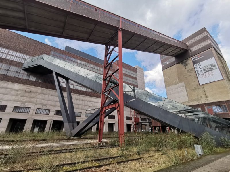 Beeindruckende Architektur vor dem Ruhr Museum - tolle Mischung zwischen alt und neu
