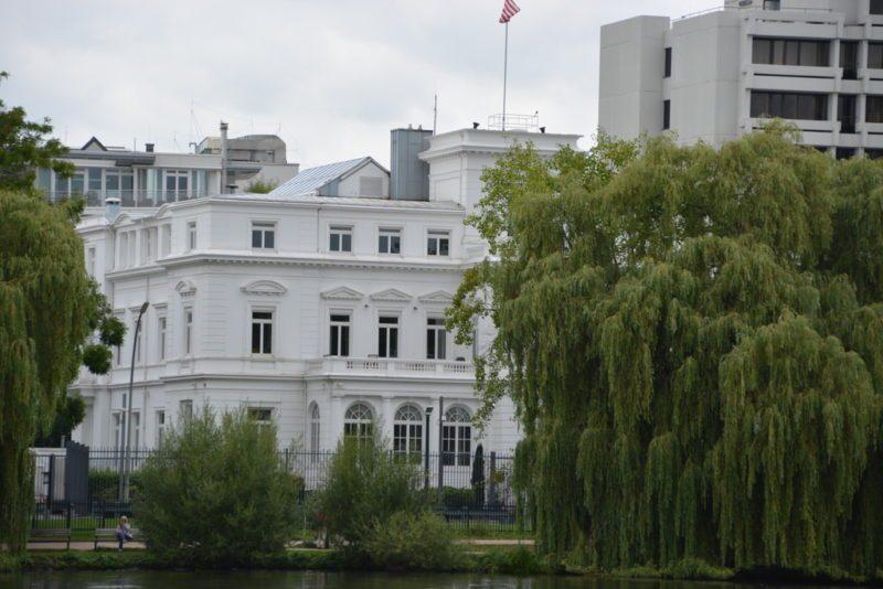 Die Botschaft der USA an der Außenalster Hamburg