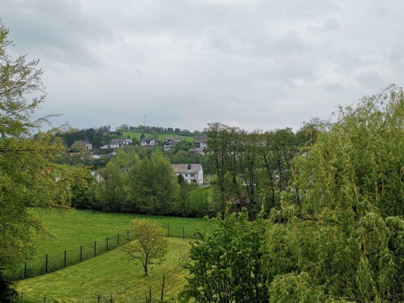 Der Ausblick von meinem Zimmer im Gästehaus im Sauerländer Hof