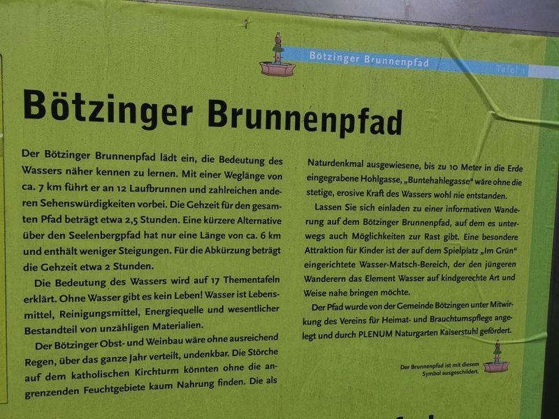 Infotafel am Start des Brunnenpfades am Bahnhof in Bötzingen