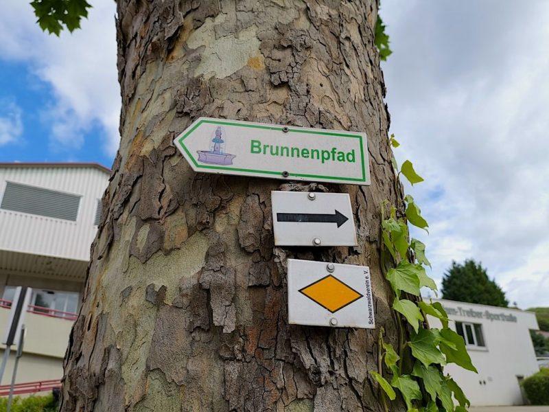 Wegweiser des Brunnenpfads Bötzingen