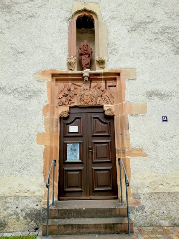 Der Eingang zur St. Albankapelle