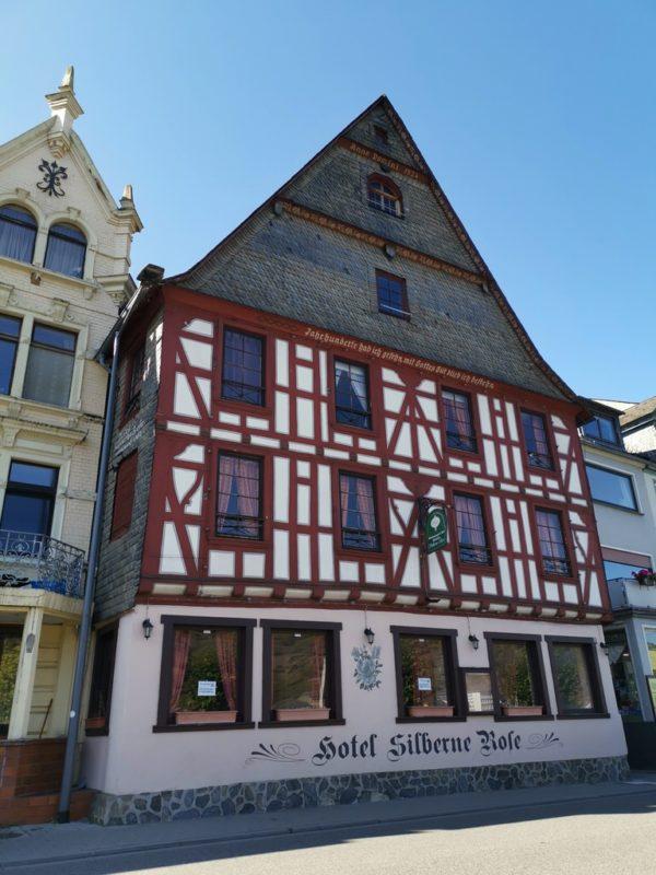 """Das Hotel """"Silberne Rose"""" in einem wunderschönen Fachwerkhaus in St. Goar"""