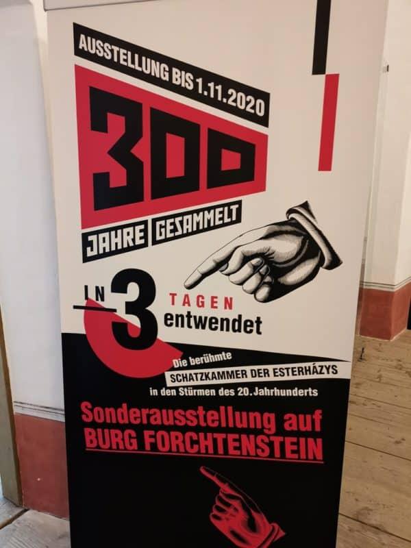 Plakat am eingang der Sonderausstellung