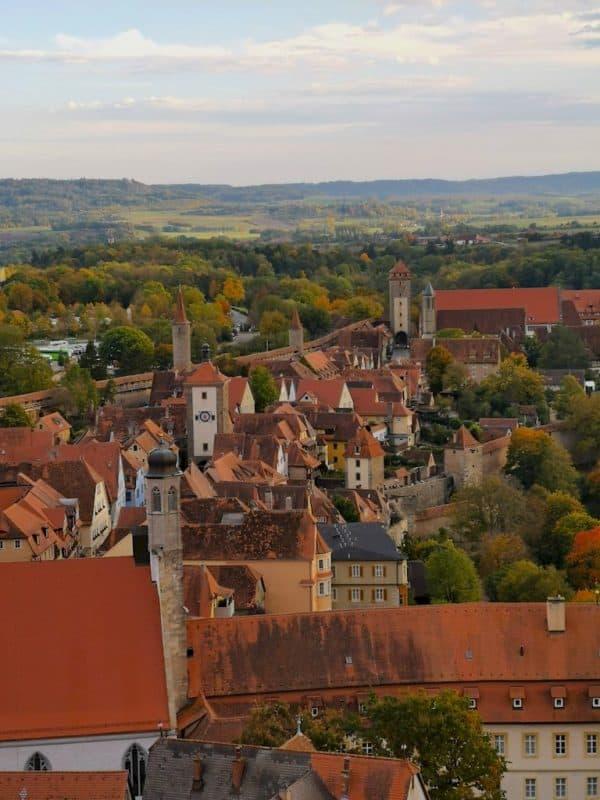 Türme soweit das Auge reicht in Rothenburg ob der Tauber