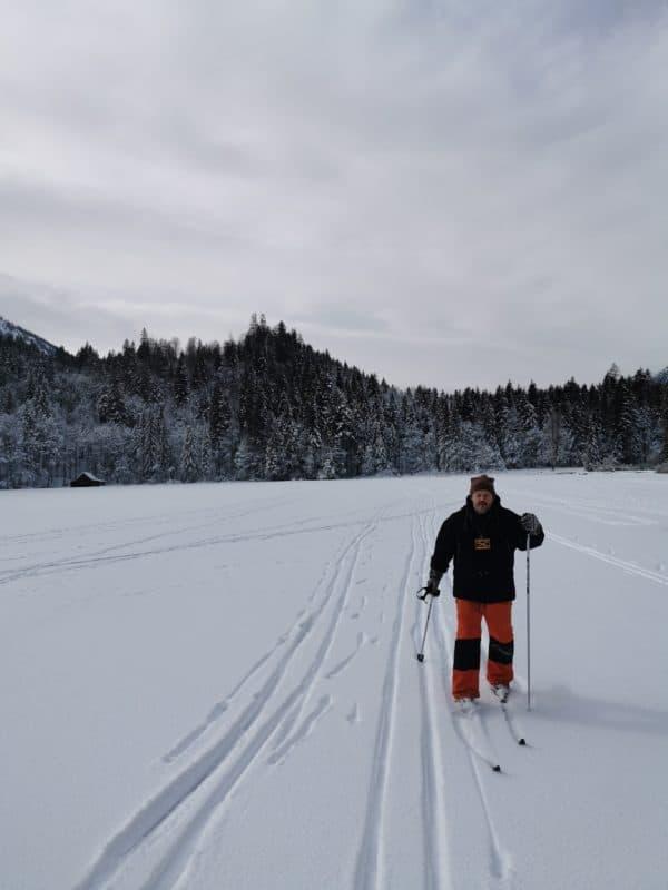 Ich auf den Langlaufski auf dem Toplitzsee (Foto: Heiko Kunkel)