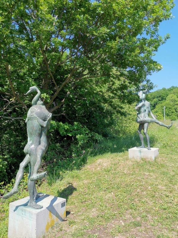 Die ersten Skulpturen (oben: Europa mit Stier)