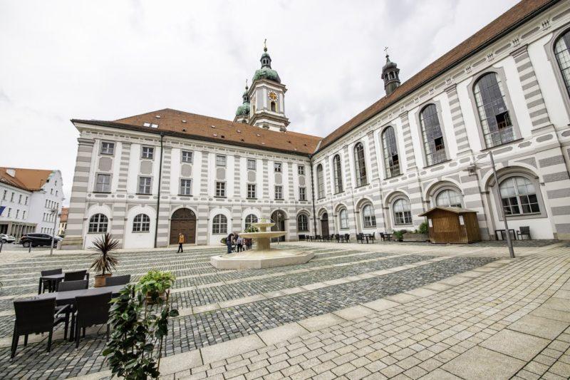 Offener Innenhof Kloster Waldsassen (Foto: Alex Willig)