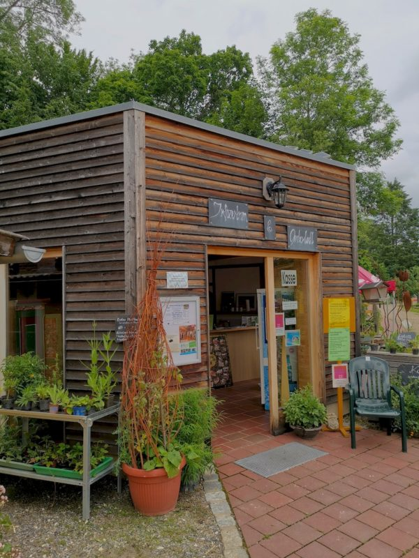 Der Kiosk der Umweltstation Waldsassen, wo auch der Eintritt entrichtet wird