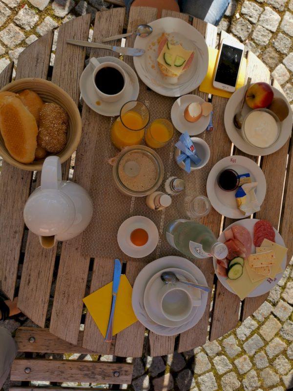 Frühstück im Kondrauer Hof in Coronazeiten