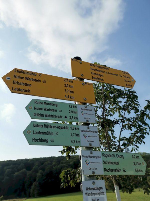Mit neuen Wanderschuhen den Burgfelsenpfad im Lautertal, Blaubeuren und den Blautopf erkunden | Travellerblog