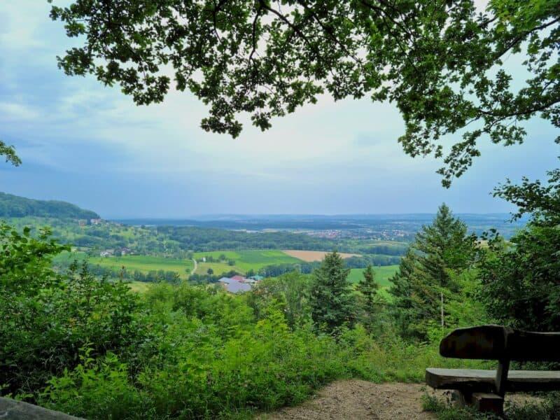 Fantastische Aussicht am Aussichtspunkt Schutzhütte
