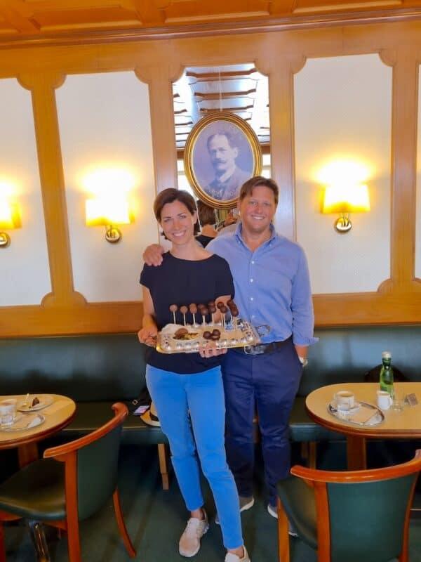 Doris und Martin Fürst in der Konditorei Fürst