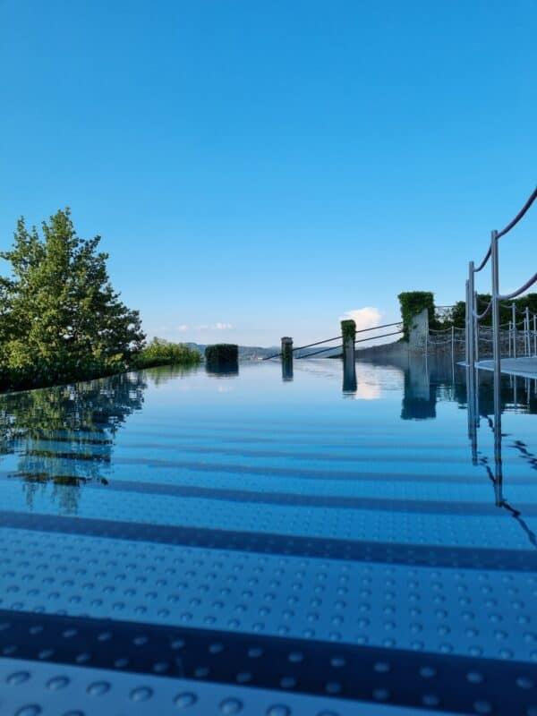 Infinity Pool Spa Schloss Hotel Mönchstein